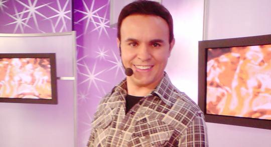 O diretor Caco Rodrigues já foi apresentador e diretor do SBT e agora comanda o Fofocalizando (Foto: Reprodução)