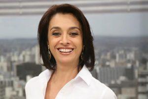 A apresentadora Cátia Fonseca no programa Mulheres (Foto: Divulgação)