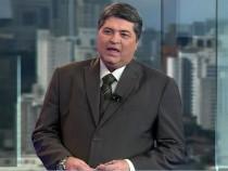 """Datena comanda o """"Brasil Urgente"""" (Foto: Reprodução)"""