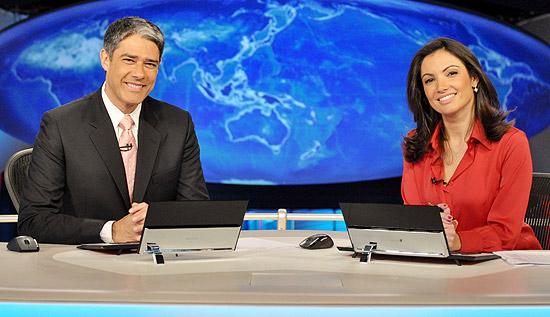 """""""Jornal Nacional"""" com Poeta e Bonner no passado na Globo"""
