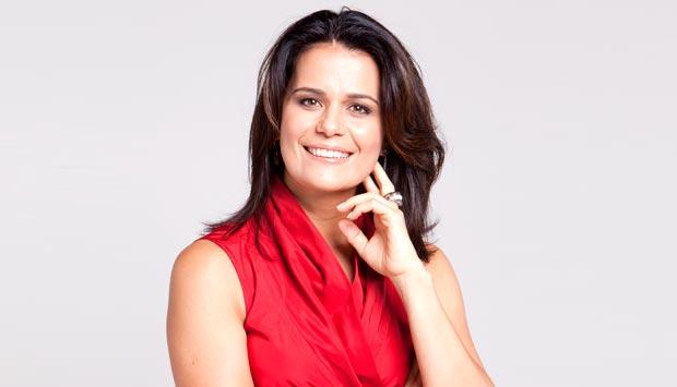A jornalista Adriana Araújo (Foto: Reprodução)