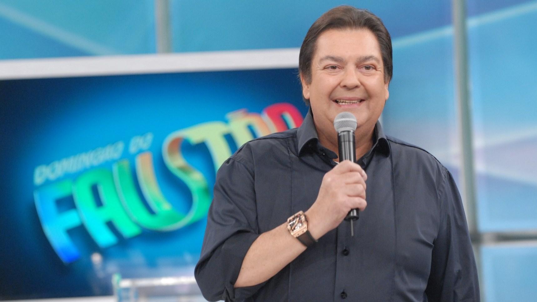 Fausto Silva recebe mais de R$ 5 milhões mensais