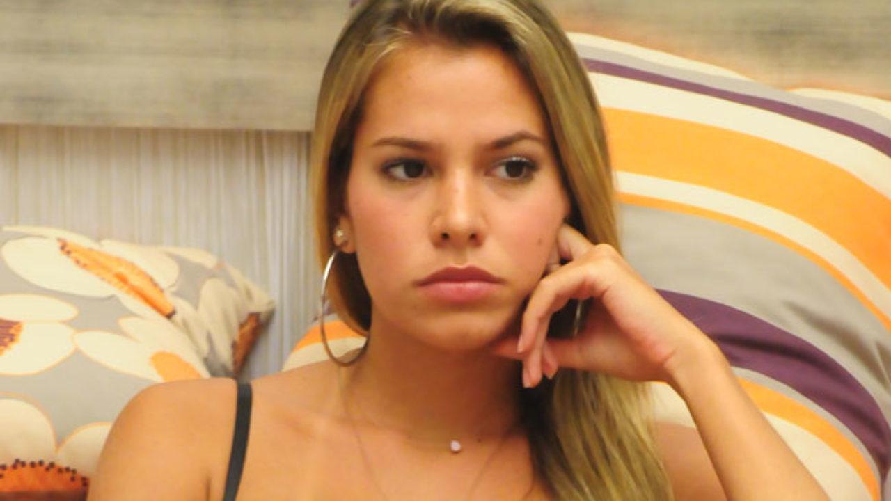 Adriana, ex-BBB, questiona Aline sobre suposto assédio a empregada ...