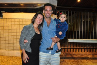 Mouhamed Harfouch juntamente com a esposa Clarissa e sua filha, Ana Flor.