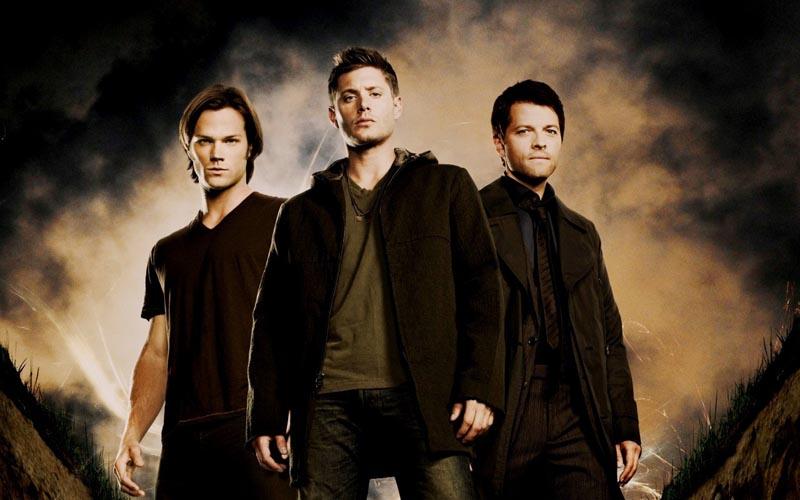 O elenco principal de Supernatural (Foto: Divulgação/CW)