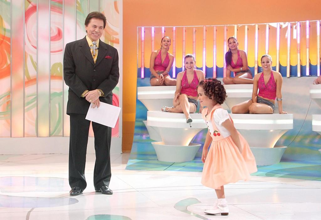 Silvio Santos e Maísa Silva (Foto: Roberto Nemanis/ SBT)