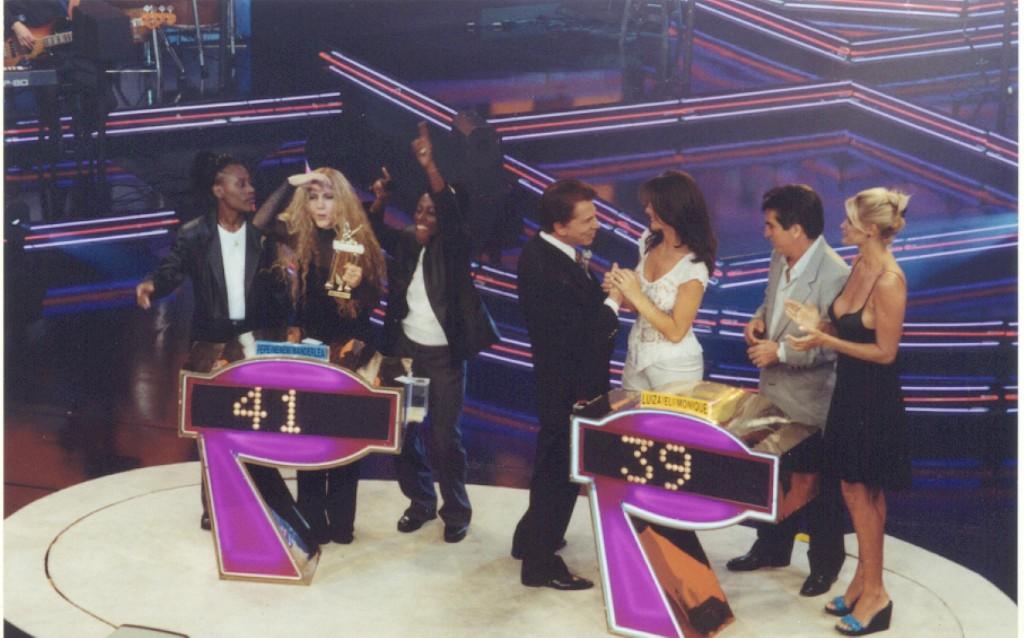 """Silvio Santos no """"Qual é a Música"""", em 1999 (Foto: Divulgação/ SBT)"""