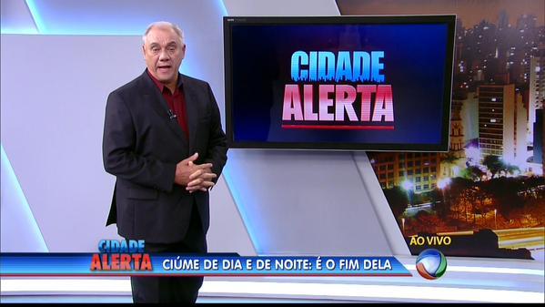 """Marcelo Rezende comanda o """"Cidade Alerta"""" (Foto: Reprodução)"""