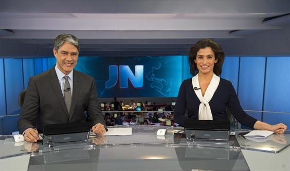 "William Bonner e Renata Vasconcellos comandam o ""Jornal Nacional"" (Foto: Globo / Estevam Avellar)"