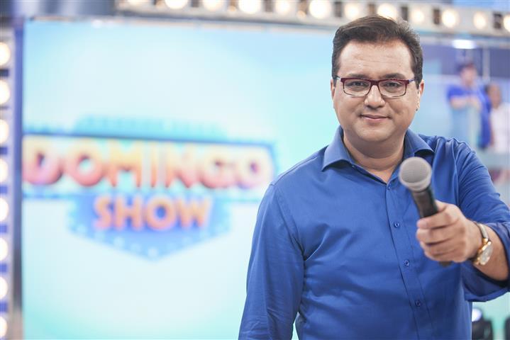 """Geraldo Luís apresentava o """"Domingo Show"""" (Foto: Divulgação / Record)"""