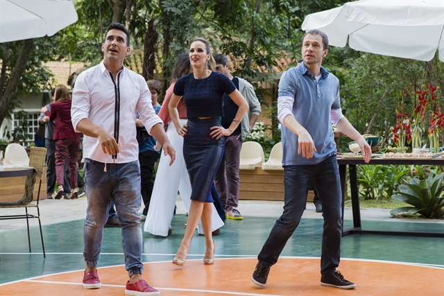 Tiago Leifert, Ana Furtado e André Marques (Foto: Globo/Tata Barreto)