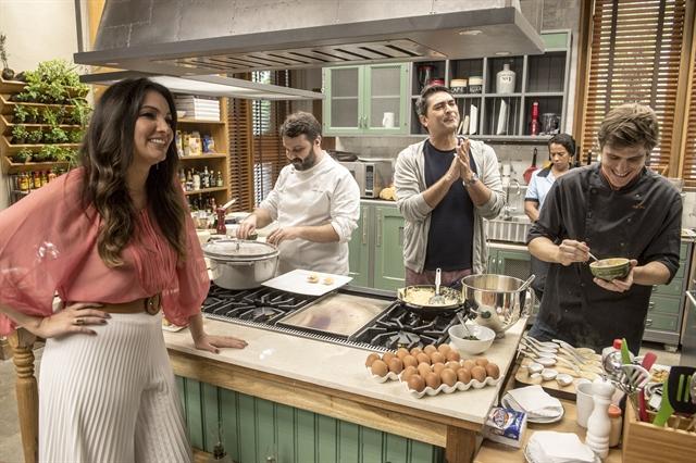 Zeca Camargo e Patricia Poeta na cozinha do 'É de Casa' (Foto: Globo/Renato Rocha Miranda)