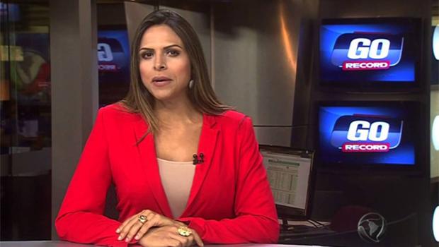 Silvye Alves é uma das principais apresentadoras da Record de Goiânia (foto: reprodução/RecordTV)