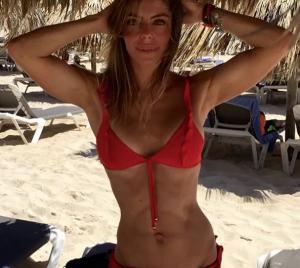 Daniela Cicarelli impressiona pela magreza (Foto divulgação)