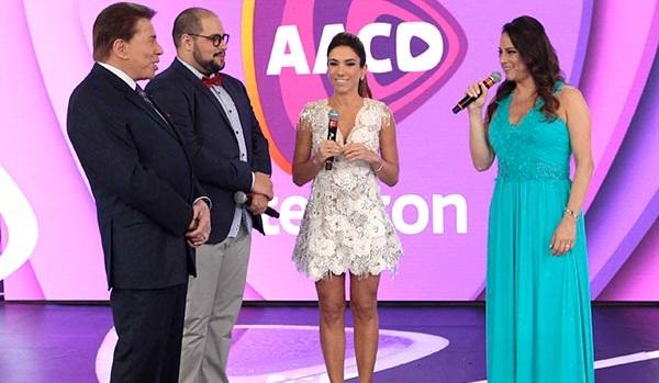 """Silvio Santos, Tiago, Patrícia e Silvia Abravanel no """"Teleton"""" (Foto: Divulgação/SBT)"""