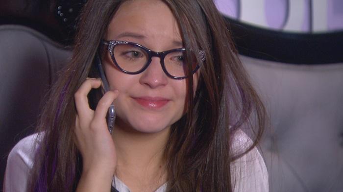 """Larissa Manoela em cena de """"Cúmplices de Um Resgate"""" (Foto: Divulgação/SBT)"""