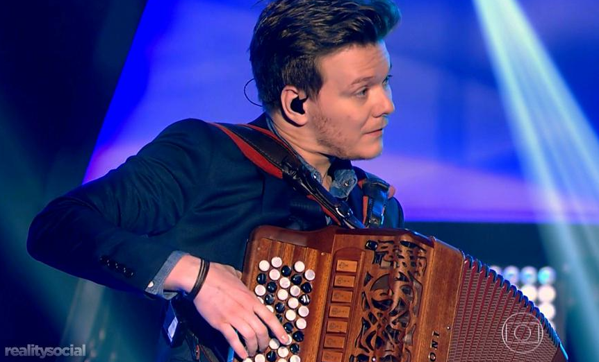 """Michel Teló estreou no """"The Voice Brasil"""" (Foto: Reprodução)"""