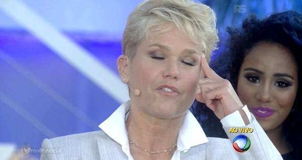 Xuxa faz quadradinho de oito em seu programa (Foto reprodução)