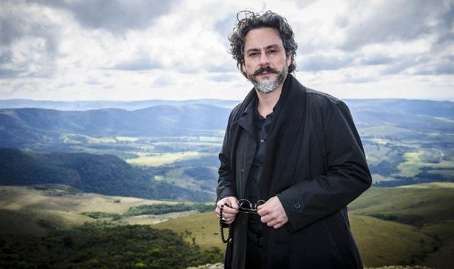 José Alfredo (Alexandre Nero) (Foto: Globo/Alex Carvalho)