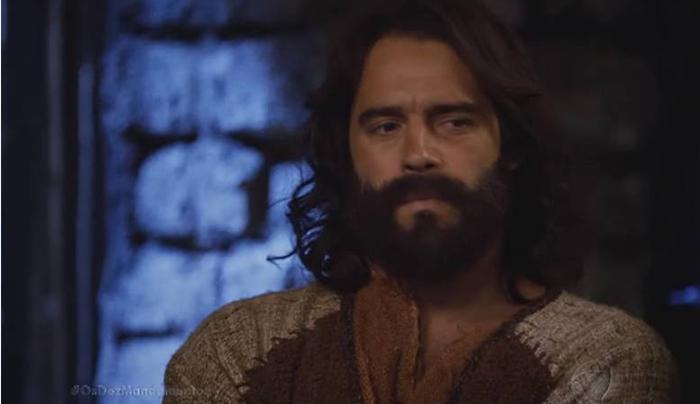"""Guilherme Winter como Moisés na novela """"Os Dez Mandamentos"""" (Foto: Reprodução/Record)"""