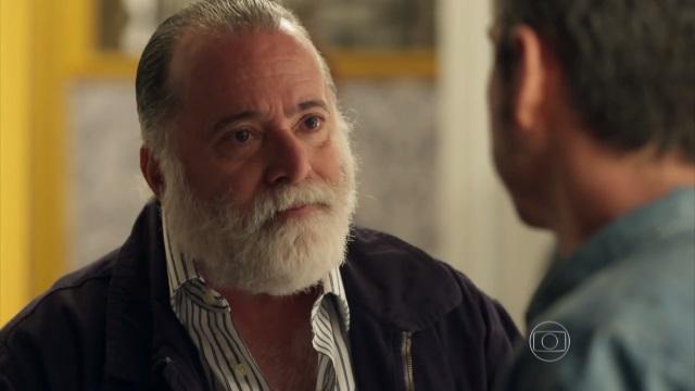 """Zé Maria (Tony Ramos) e Romero (Alexandre Nero) em cena de """"A Regra do Jogo"""" (Foto: Reprodução/Globo)"""