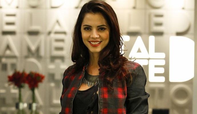 """Michelle Costa interpreta Marcinha em """"Totalmente Demais""""  (Foto: Raphael Dias/Gshow)"""