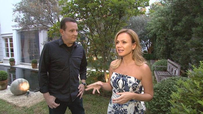 Eliana fala com Roberto Cabrini sobre sua vida e carreira (Foto: Divulgação/SBT)