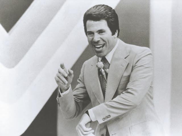Silvio Santos na década de 70 (Foto: Divulgação / Caras)