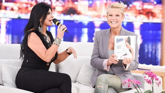 Xuxa entrevista Gretchen em seu programa (Foto: Blad Meneghel)