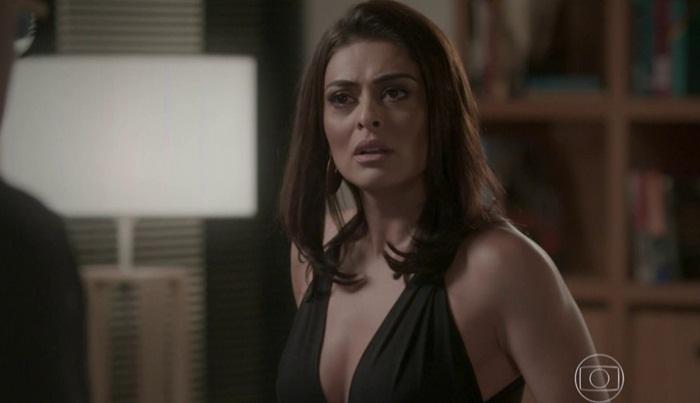 """Juliana Paes (Carolina) em cena de """"Totalmente Demais"""" (Foto: Reprodução/Globo)"""
