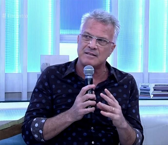Pedro Bial dá dicas sobre novos participantes do BBB (Foto: Reprodução)