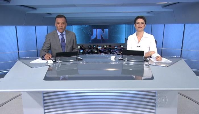 """Heraldo Pereira e Sandra Annenberg no comando do """"Jornal Nacional"""" (Foto: Reprodução/Globo)"""