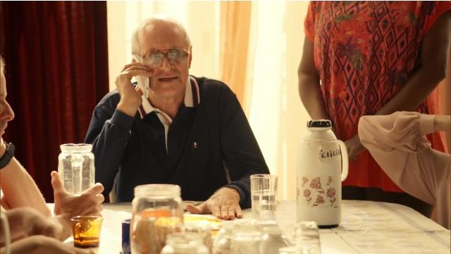 """Feliciano (Marcos Caruso) em cena de """"A Regra do Jogo"""" (Foto: Reprodução/Globo)"""