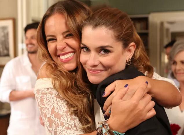 Paolla Oliveira e Alinne Moraes (Foto: Carol Caminha/Gshow)