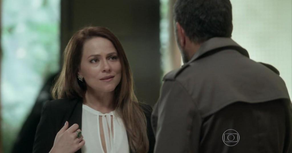 """Lili (Viviane Pasmanter) e Germano (Humberto Martins) em cena de """"Totalmente Demais"""" (Foto: Reprodução/Globo)"""