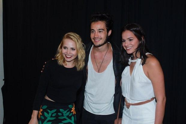 Letícia Colin, Tiago Iorc e Bruna Marquezine. (Foto: AgNews)