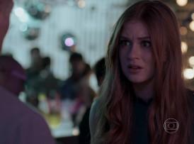 """Elisa (Marina Ruy Barbosa) em cena de """"Totalmente Demais"""" (Foto: Reprodução/Globo)"""