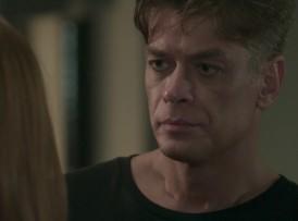 """Arthur (Fábio Assunção) em cena de """"Totalmente Demais"""", ontem (10) (Foto: Reprodução/Globo)"""