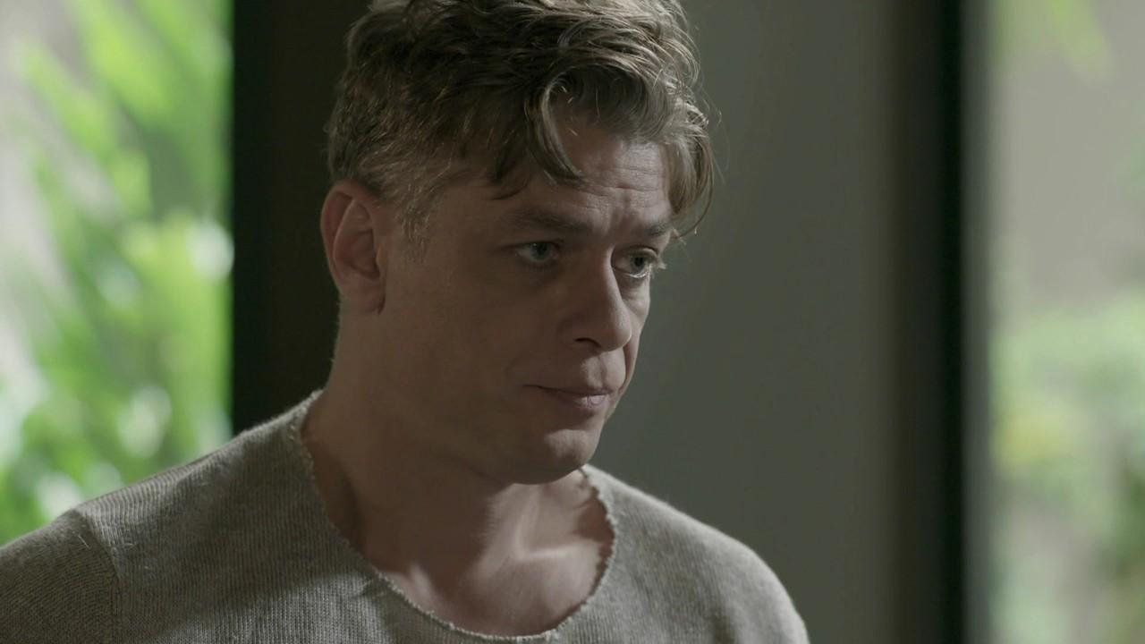 """Fábio Assunção (Arthur) em cena de """"Totalmente Demais"""" (Foto: Reprodução/Globo)"""