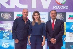 Mylena Ciribelli, Kadu Moliterno e Leonardo Petrelli (Foto: Alex Dias)