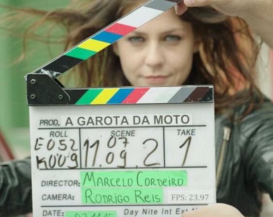 """Protagonista de """"A Garota da Moto"""" (Foto: Divulgação)"""