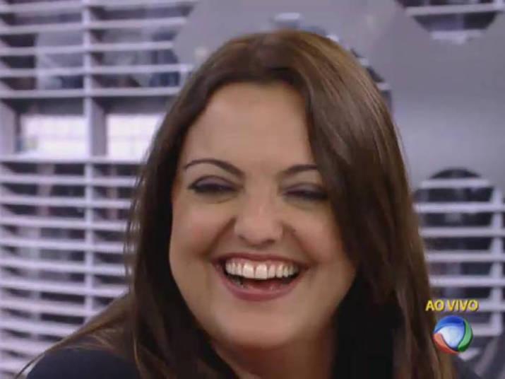 Fabíola Reipert alega que foi censurada ao ser proibida de falar de Larissa  Manoela – TV Foco 31c84bedbd