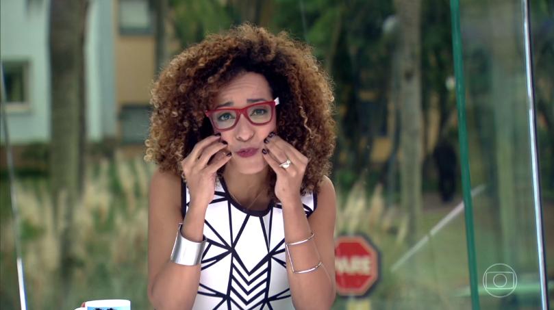 """Alinne Prado no """"Vídeo Show"""" de ontem (17) (Foto: Reprodução/Globo)"""