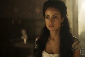 """Joaquina (Andreia Horta) em cena de """"Liberdade, Liberdade"""" (Foto: Reprodução/Globo)"""