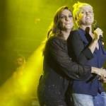 Ivete e Xuxa cantam em show no Rio. (Foto: Juliana Coutinho/Extra/Divulgação)