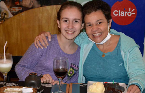 Claudia Rodrigues e a filha Isa (Foto: Reprodução)
