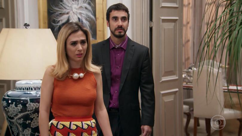 """Fedora (Tatá Werneck) e Leozinho (Gabriel Godoy) em cena de """"Haja Coração"""" (Foto: Reprodução/Globo)"""
