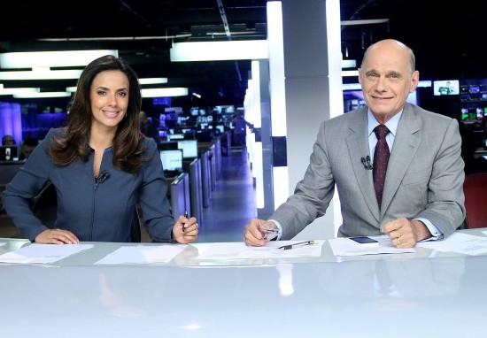 """Paloma Tocci e Ricardo Boechat no comando do """"Jornal da Band"""" (Foto: Divulgação)"""
