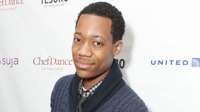 O ator Tyler James Williams interpretou o Chris no seriado (Foto: Divulgação)