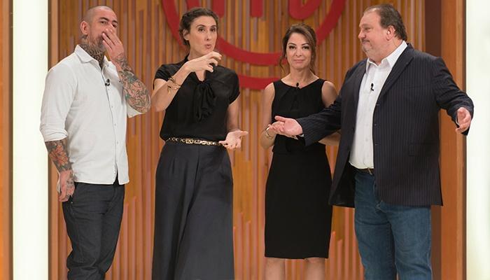 """Henrique Fogaça, Paola Carosella, Ana Paula Padrão e Eric Jacquin no """"MasterChef"""" (Foto: Carlos Reinis/Band)"""